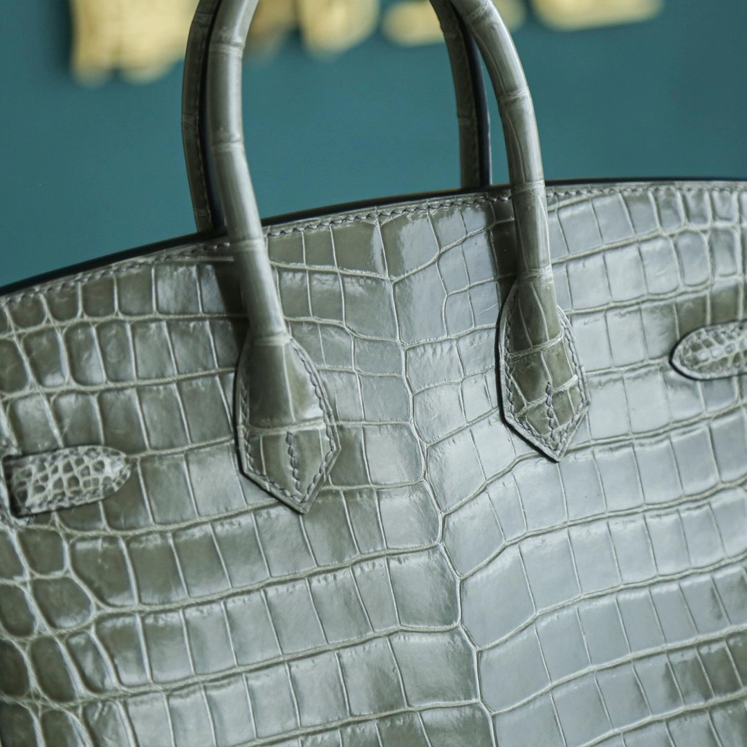 Hermes Birkin 25CM 斑鸠灰 亮面两点鳄鱼 金扣 鳄鱼皮里面的超级人气色